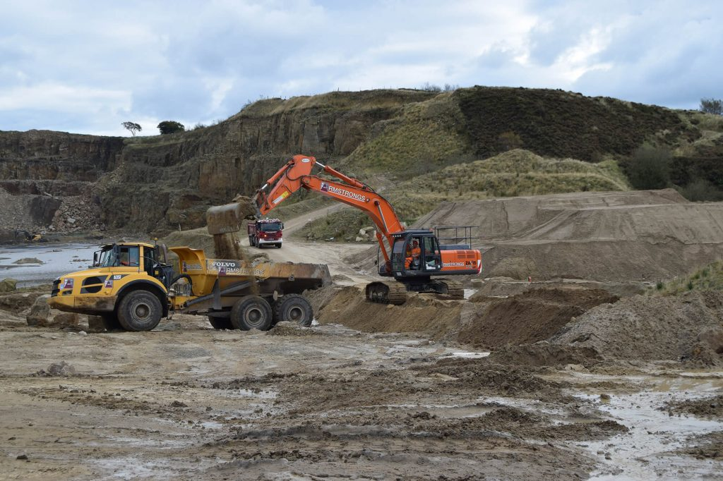 loading aggregate at Montcliffe