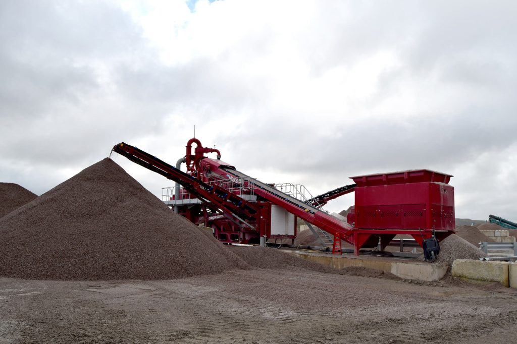 conveying aggregate