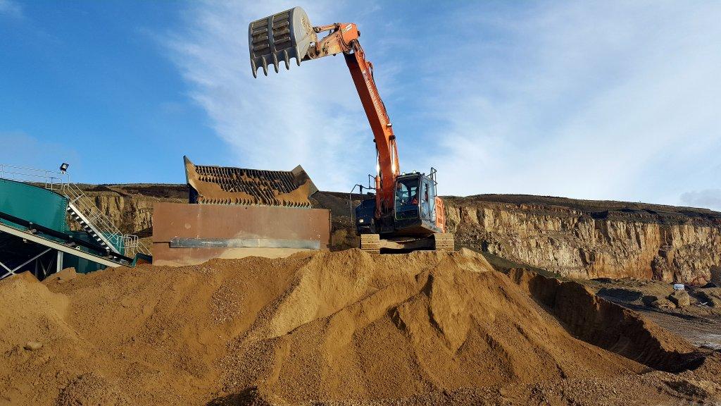 Montcliffe excavator